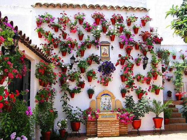 Ole spanya madrid gidi barcelona d n emka tur - Patios andaluces decoracion ...